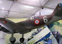 1024px-Dewoitine_D.520_Le_Bourget_02