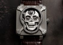 BR_01-laughing-skull-cover-min