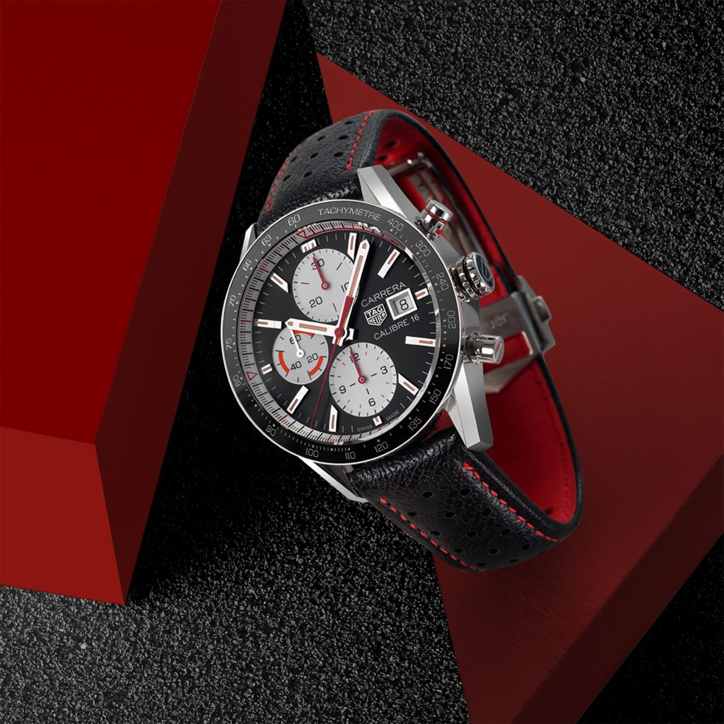 tag-heuer-carrera-calibre16-lifestyle-diapo3