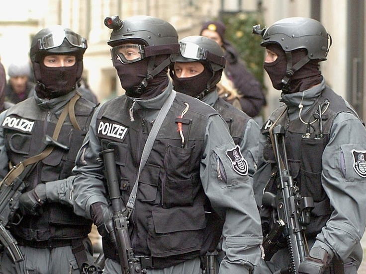 6670462c528132d538abc38b61e96922--german-police-special-forces