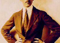 225px-Alberto_Santos-Dumont_(1918)