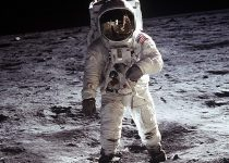 TN-moon-landing-astronaut-space