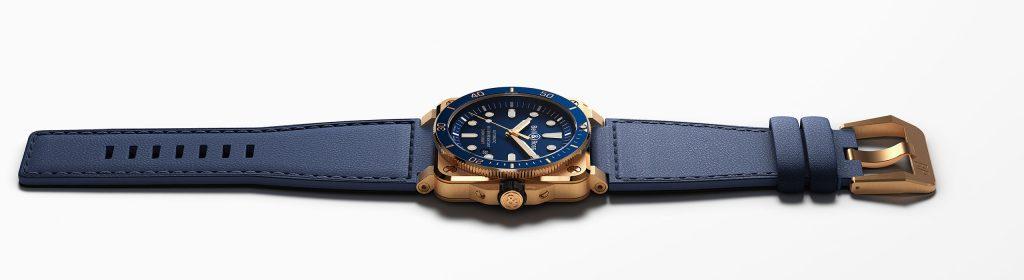 banner-top-0392-diver-bronze-blue